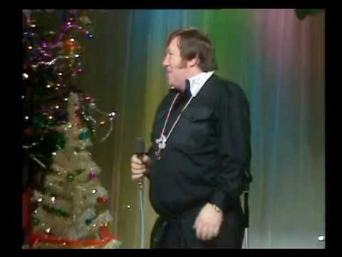 'The Referee' | George Roper Sings For George Best | Christmas Eve UK TV '71