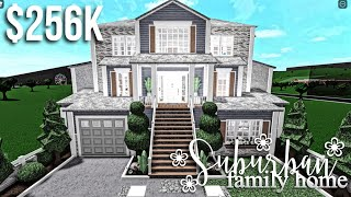 HUGE Suburban Family Home | Roblox Bloxburg | GamingwithV