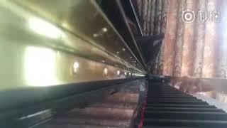 Lạnh và ấm áp phiên bản piano
