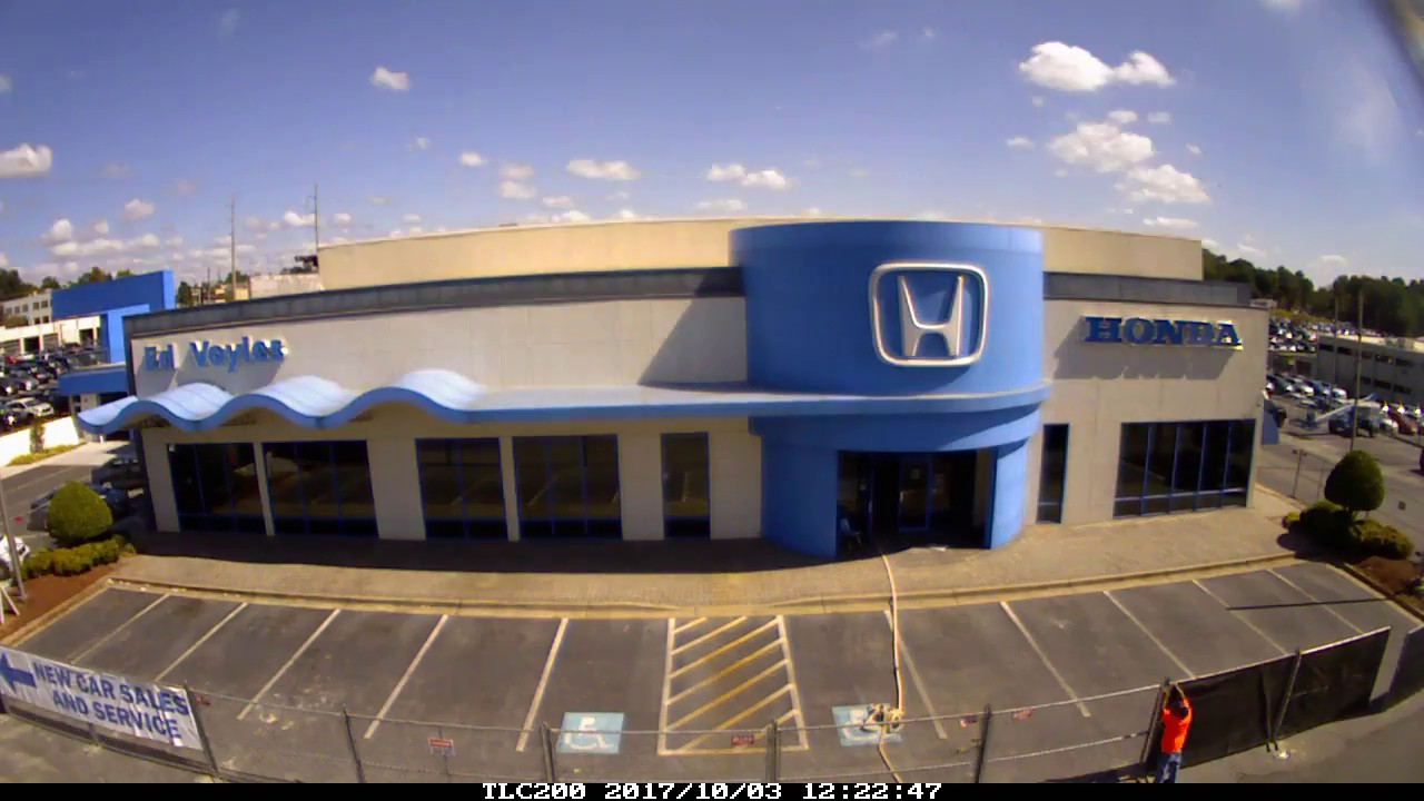 Time Lapse Ed Voyles Honda Building coming down - YouTube