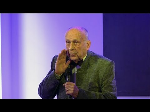 "Rozhovor: Jediný korunovaný český ""srágora"" vzpomínal na začátky u divadla"