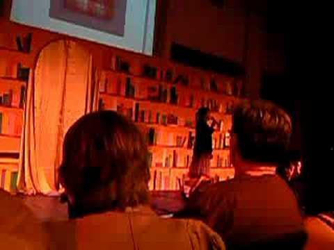 Musical groep 8 anne frank youtube for Anne frank musical