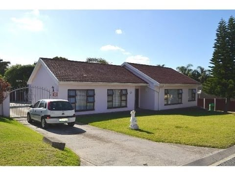 3 Bedroom House For Sale in Dorchester Heights, East London, South Africa for ZAR 1,695,000...