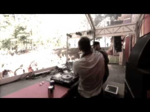 Girlfriend (The Chainsmokers Remix) - Icona Pop