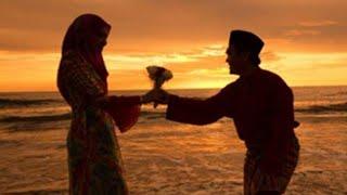 Rahasia Kekuatan Cium Tangan & Mencium Kening