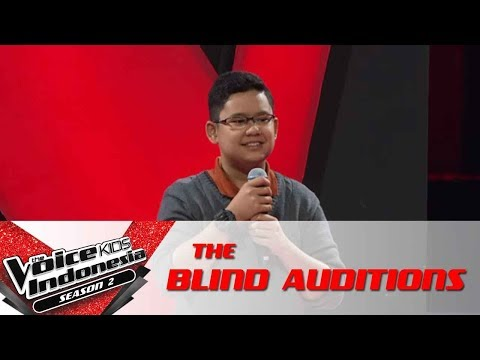 """Michael """"Ave Maria""""   The Blind Auditions   The Voice Kids Indonesia Season 2 GlobalTV 2017"""