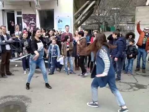 Flash mob in borjomi 2015 learning by doing