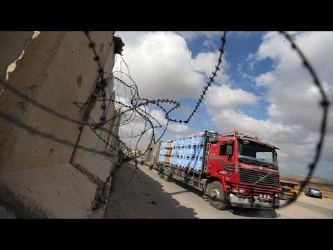 يورو نيوز:إسرائيل تسمح بدخول البضائع إلى غزة وتتوسط مصر لعقد هدنة…