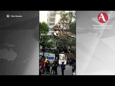 """David Chávez, comandante del Grupo de Rescate """"Topos"""""""