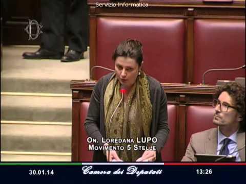Rissa in parlamento dambruoso sc schiaffo a lupo m5s for Seggi parlamento italiano