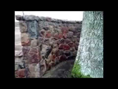Ogrodzenie Wykonane Z Kamienia Polnego Youtube