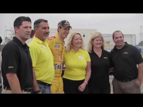 Hertz Supports CREF's Cars, Carees & Celebrities NASCAR Event