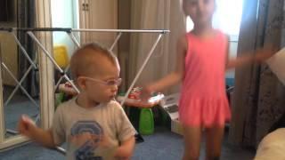 Танец с Мишкой ГуммиБер 2