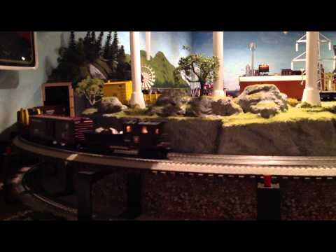 Lionel PRR K4 Steam Locomotive w/mixed Freight & Lionel Tinplate Backshop O-Gauge Layout