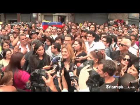 Hundreds protest over murdered Miss Venezuela