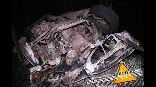 После столкновения двух BMW е36. Одна сгорела, сбив насмерть двух пешеходов