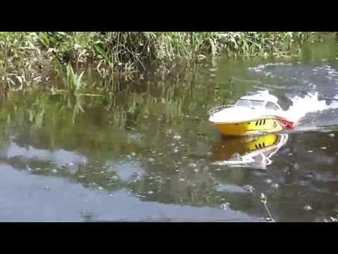 rc boats testing, SEA RAY 48 SUNDANCER RADIO CONTROL BOAT BY NEW BRIGHT.