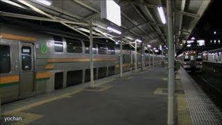 【JR東日本】211系電車の並び 夜間滞泊と出発する列車 (高崎線) EMU train (JRE)