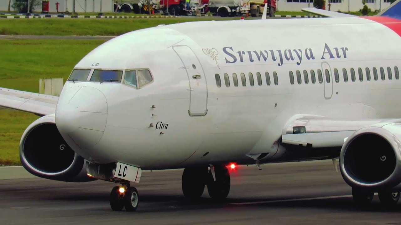 Spot View Dijamin Mantap! Ketika Pesawat Terbang Sriwijaya ...