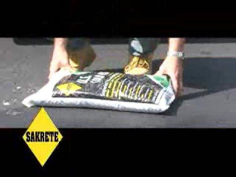 Sakrete US Cold Patch permanent patching of potholes