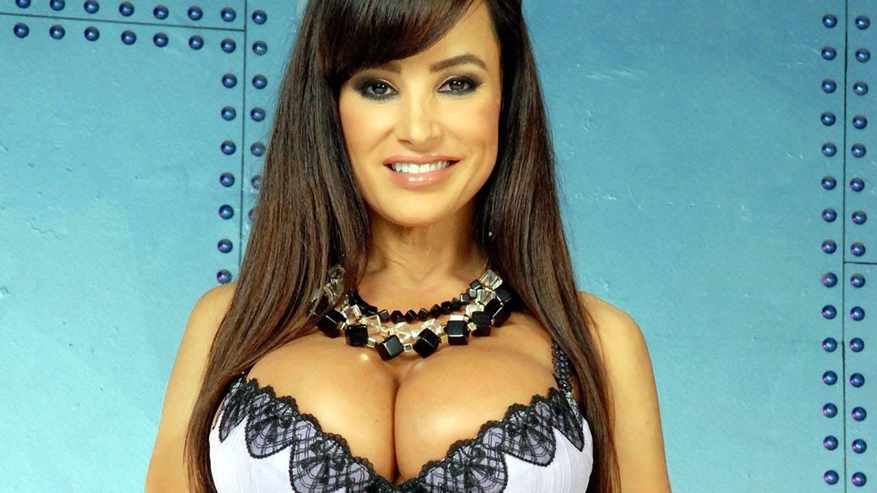 Страстная загорелая бразильская порно звезда вся в действии :)