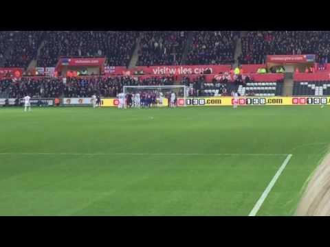 Gylfi Sigurdsson free kick vs Crystal Palace