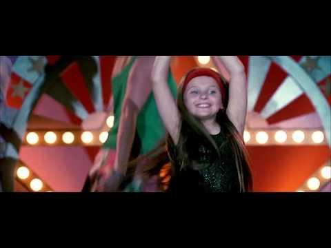Little Miss Sunshine | Oliver on Stage | HD Clip(3/3)