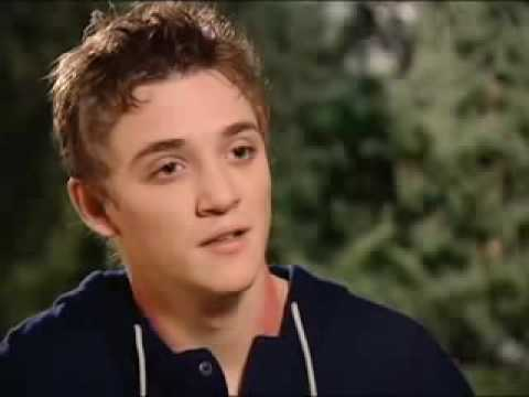 Kyle Gallner The Haunting In Connecticut Set
