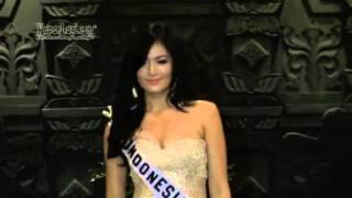 Download Video Pose-Pose Seksi Maria Selena Pakai Bikini MP3 3GP MP4