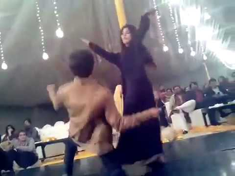 paki girl and boy dance on riva riva on wedding ceremony
