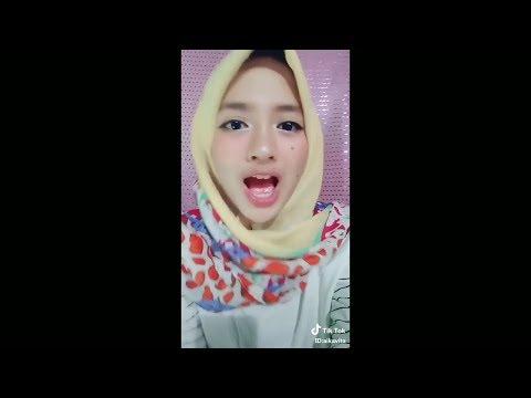 Tik Tok | Kiss me darling muachh | Hijaber Cantik viral
