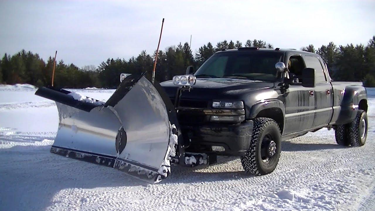 Snow Plowing Silverado 3500 with Snowdogg V Plow Pushing ...