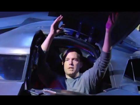 Ben Affleck Surprises Tourist in Batmobile