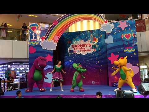 Barney and Friends, United Square, by Tina dela Riva