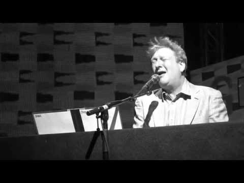 Glenn Tilbrook - The Elephant Ride (Live at the Canyon Club)