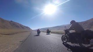 Manali to Leh, Ladak. Motorbike Tour of the Himalaya