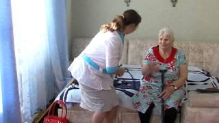 Врачи навещают пожилых на дому п. Излучинск(, 2014-10-14T10:17:47.000Z)