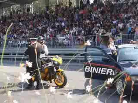 alex de angelis stuntman per un giorno a Scuola di Polizia