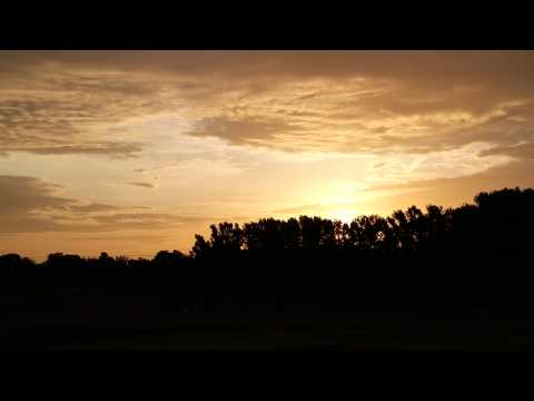 Daybreak in Alabama.....Time-lapse Video