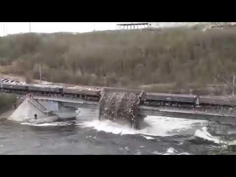 Мурманск отрезан от Росси, рухнул мост