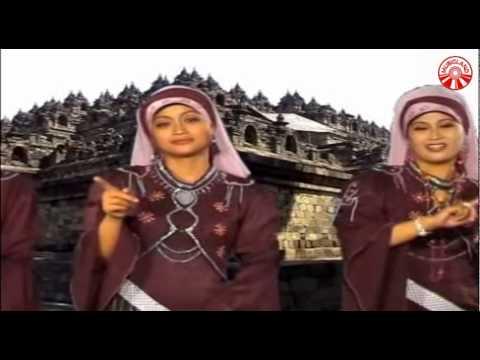 Nida Ria - Sedih-Sedih [Official Music Video]