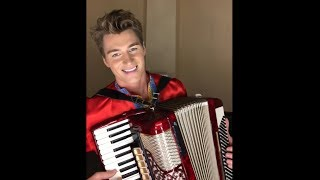 Alexand39s Sparrow Russian Style Accordion Version Of Chris Isaak - Wicked Game