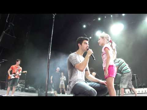 Beginning of Musical Chairs 8/11/10 - Jonas Brothers Pittsburgh Soundcheck