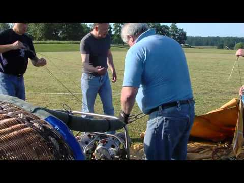 Russell Springs Elementary School's Hot Air Balloon Drop Event