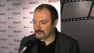 L'ISOLA DELL'ANGELO CADUTO - Intervista a CARLO LUCARELLI