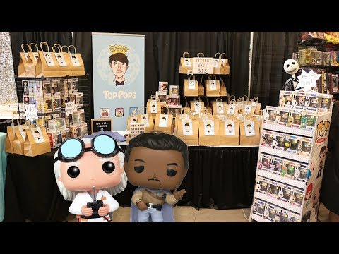 Niagara Falls Comic Con  Getting Our Pops Signed