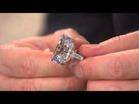 The Elizabeth Taylor 7.20cttw Simulated Diamond Ring with Lisa Robertson