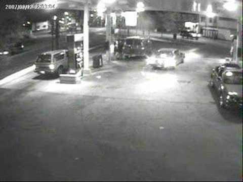 thief at gas station