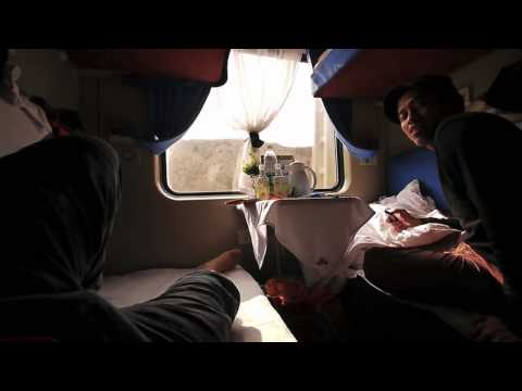Tibetan Plateau Train Ride (Journey To The West 2011)