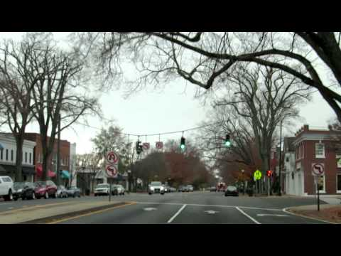 East Hampton NY (Hello Hamptons!) by iTOWNSEE.com